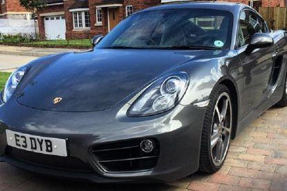 Ed verkoopt zijn Porsche Cayman voor 22 euro. En toch zal hij mooie winst maken