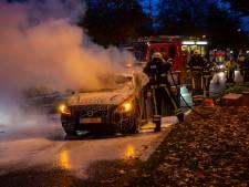 Autobrand zorgt voor verkeersopstopping in Roosendaal