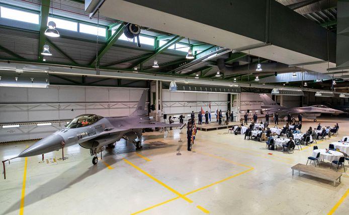 Een sobere commando-overdracht op vliegbasis Volkel. Vanwege corona.