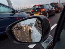 Verkeer ten zuiden van Rotterdam weer langzaam op gang