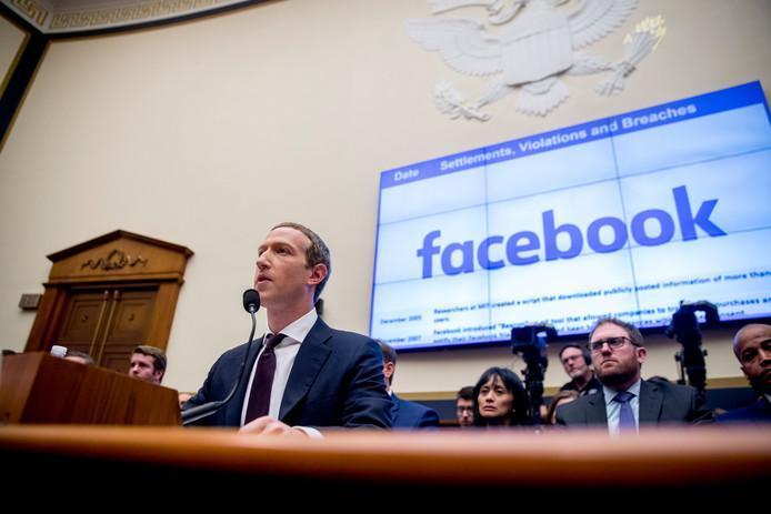 Facebook-baas Mark Zuckerberg had vandaag in het Amerikaanse Congres de nodige moeite om politici achter zijn plannen voor cryptomunt libra te krijgen.
