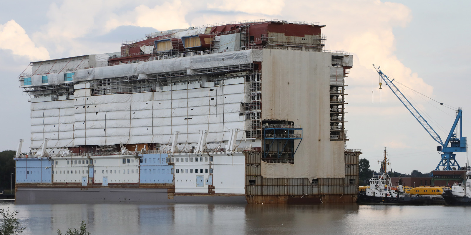 Bouw van cruiseschip Spectrum of the Seas bij de Meyer Werft Gruppe in Papenburg. Augustus 2018.