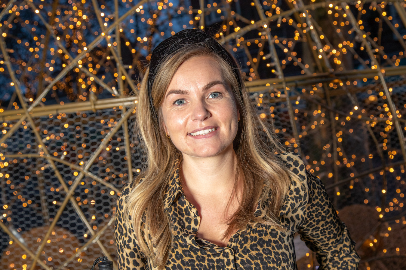 Lotte Driessen uit Zwolle (28) hoorde een jaar geleden dat ze doof en blind zal worden. Maar ze wil niet bij de pakken neerzitten.