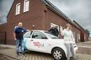 Bewoners van de nieuwe huizen in 't Veldje in Boerdonk hebben vrijdag de sleutel gekregen van hun woning.