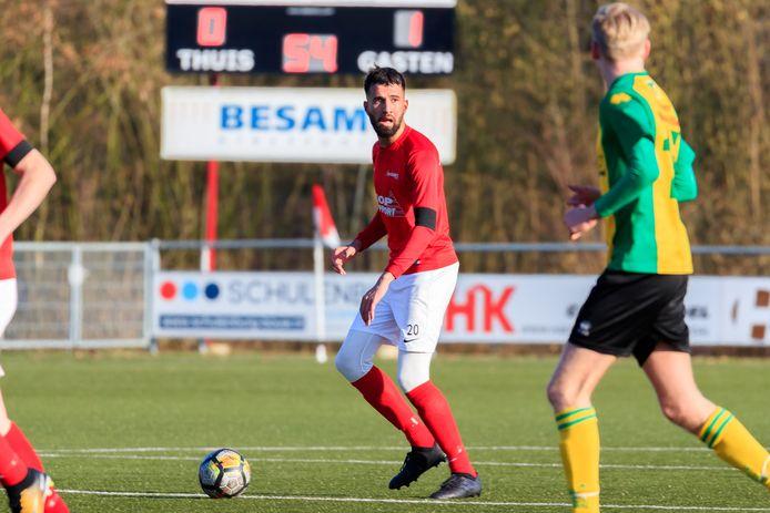 Boy Boeloerditi (links) scoorde tegen Harkemase Boys (archieffoto)  Boy Boeloerditi (Excelsior 31)  mtb20180224 Editie;Sport  Foto: Marcel ter Bals