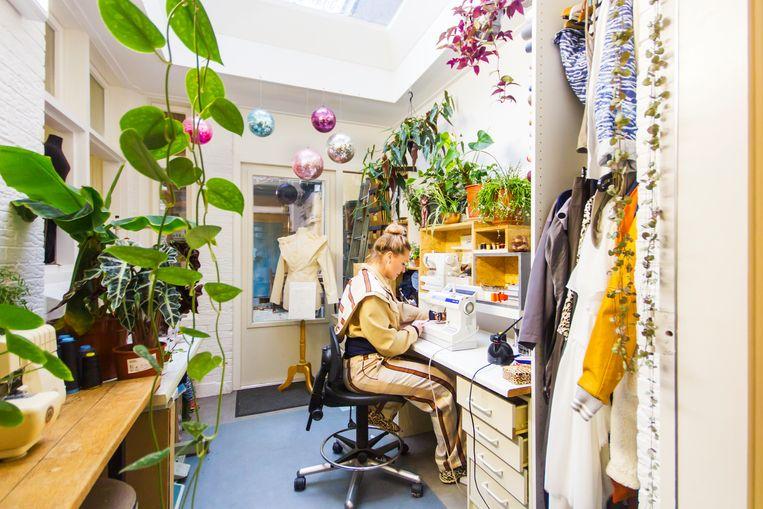 Mirte Engelhard behoort tot de eerste modeontwerpers die zich vestigden in het Modekwartier. Beeld null