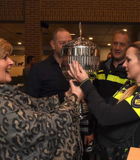 Politie Maas&Leijgraaf beste van maand en mogelijk van Nederland