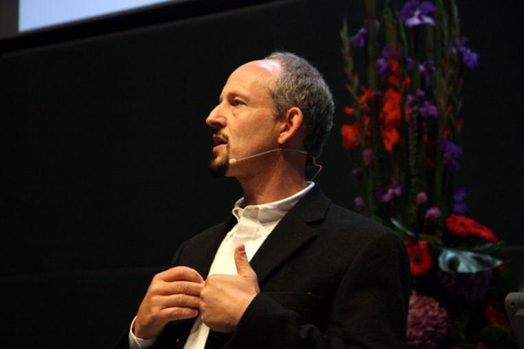Marc Hauser tijdens zijn Tinbergenlezing, september 2009 in Leiden. (LU) Beeld