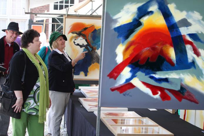 Kunstmarkt in Buren.