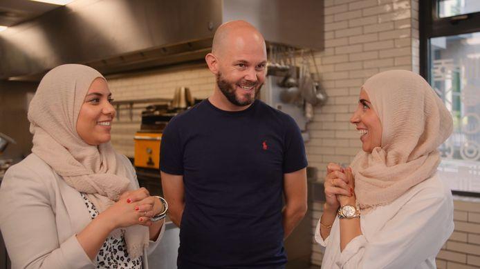 De Healthy Sisters op bezoek bij Freek Boetzkes van 33 Good Food.