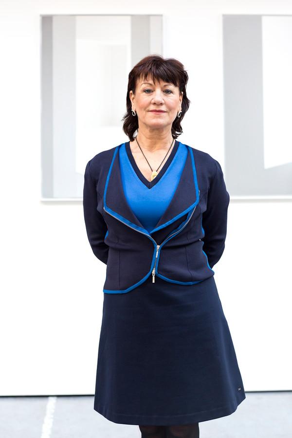 Thea van den Heuvel.
