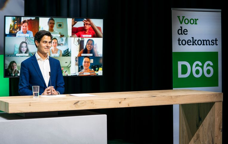 D66 voorman Rob Jetten tijdens het digitale congres van zijn partij. 'Lekker efficiënt dit, maar ook een beetje saai. Ik mis de reuring.' Beeld Freek van den Bergh / de Volkskrant