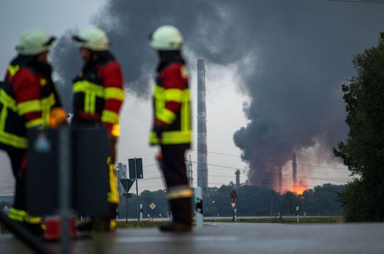 In totaal werden 400 brandweerlui ingezet om het vuur te bestrijden.