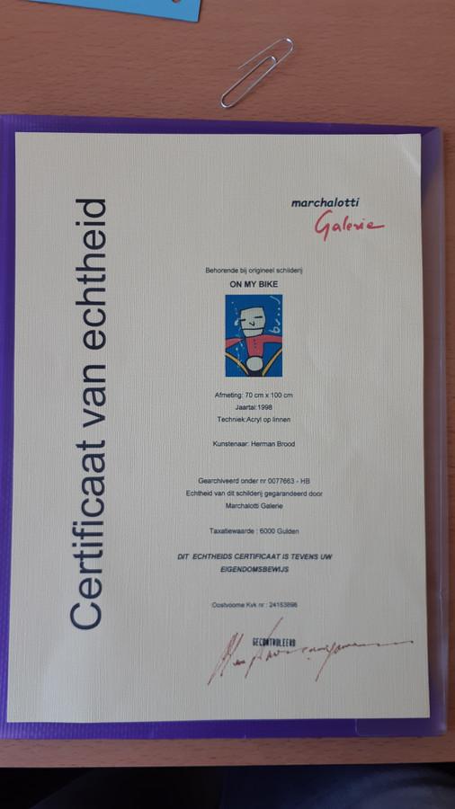 Het zogenaamde 'echtheidscertificaat' dat volgens de oplichter hoorde bij het schilderij.