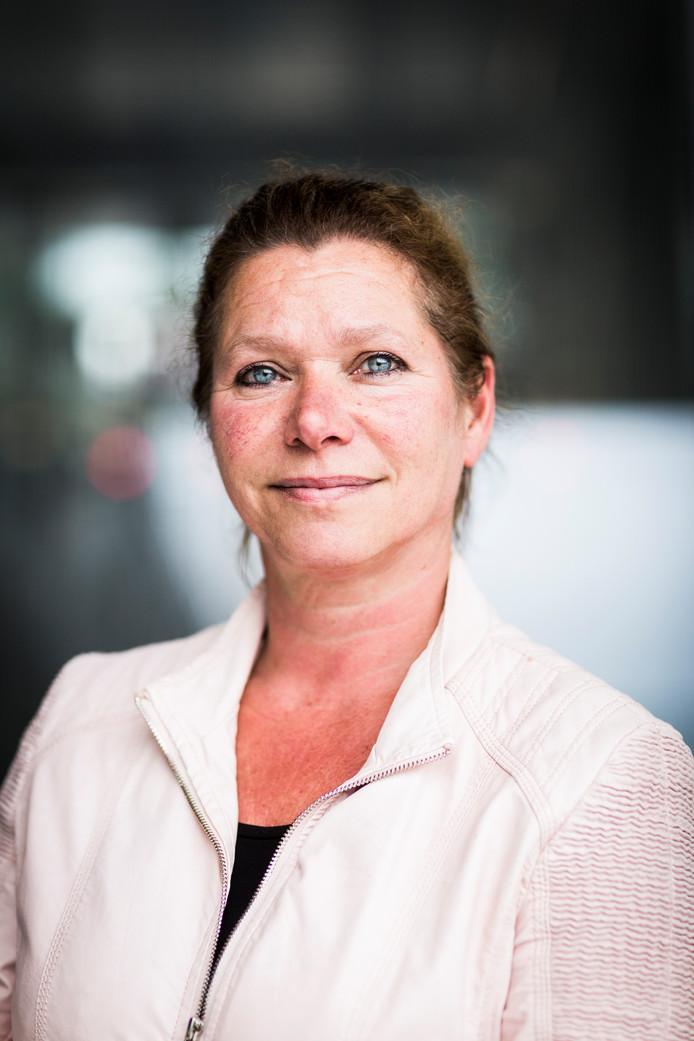 Karin Montijn (57)