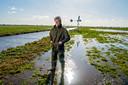 Kweker Peter de Groot van kwekerij Biodivers is in het Groene Hart de enige die ecologisch verantwoorde zadenmengsels kweekt in Oudewater.