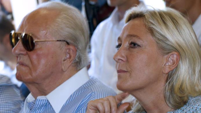 Marine et Jean-Marie Le Pen: ce n'est plus la folle ambiance...