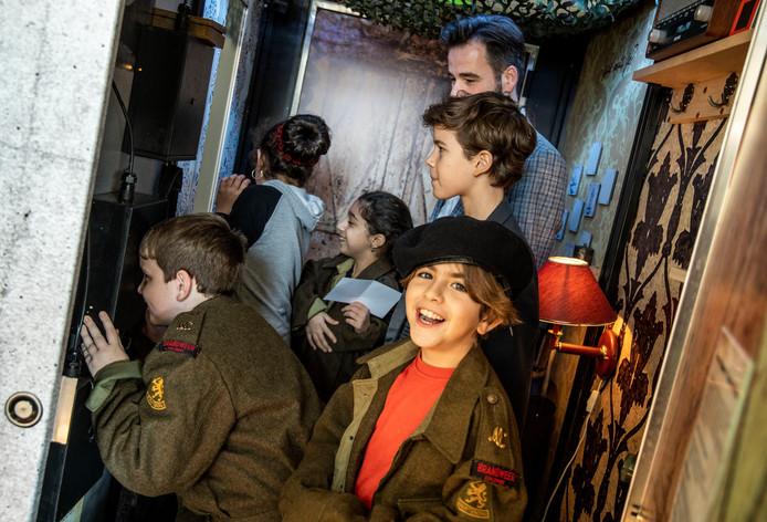 De opening van Escape the Kazemat. Een escape room waar basisschool kinderen op een speelse manier meer leren over de tweede wereldoorlog. Deurne