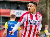 Donyell Malen pakt zijn kans bij PSV: 'Sterker geworden van dit trainingskamp'