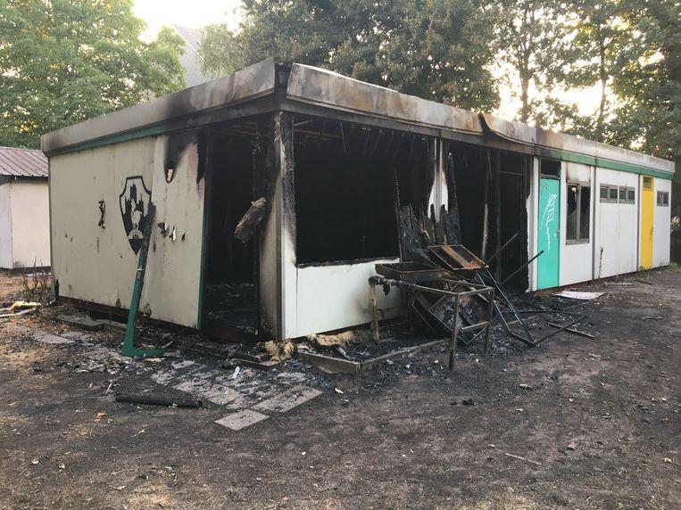 De scoutslokalen werden verwoest door een aangestoken brand.