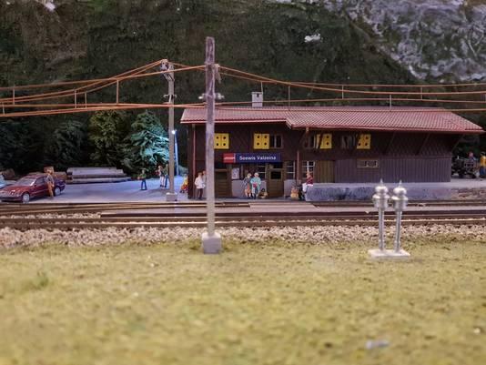 Station op schaal 1:87 van Vereniging Spoorgroep Zwitserland tijdens tentoonstelling in Wijchen