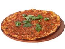 Bij deze nieuwe zaak in het centrum van Rotterdam kun je een pizza met m&m's eten