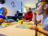 Dominique en haar zoontjes leven van 90 euro in de week