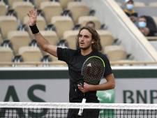 Tsitsipas plaatst zich soepel voor derde ronde Roland Garros