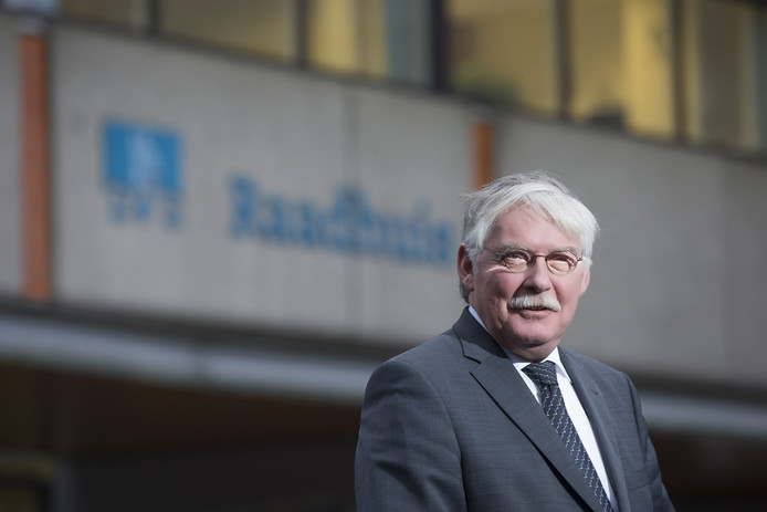 Burgemeester Cees van der Knaap.