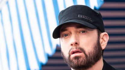 Eminem daagt fans uit om even snel te rappen in #GodzillaChallenge