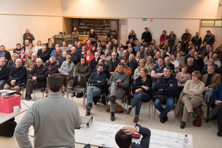 150 omwonenden kwamen naar de infovergadering.