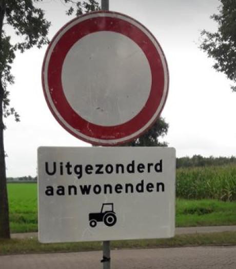 Afsluiting Hoogstraat nog niet aan de orde, verbodsborden weg