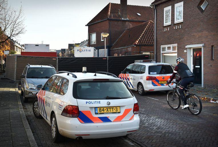 De straat waar de schietpartij plaatsvond. Beeld Marcel van den Bergh / de Volkskrant