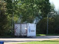 Rokende container op bedrijventerrein in Ede blijkt ongevaarlijk