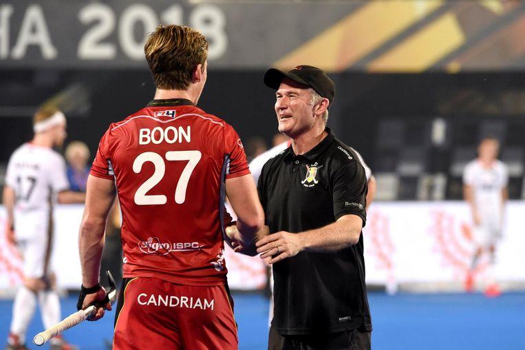 Shane McLeod met Tom Boon.