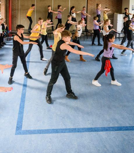 Dansshow St. Antonius Abt in Eindhoven: dansen voor eenheid