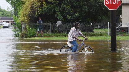 Storm Barry zwakt in VS af tot tropische depressie