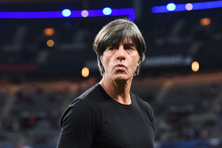 De Duitse bondscoach Joachim Löw voorafgaand aan de wedstrijd tegen Frankrijk en Duitsland.  Beeld AFP