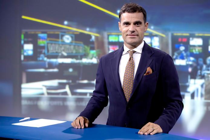 Kenneth Pérez is uitgesproken. Siem de Jong is, mits volledig fit, de beste optie.