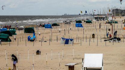 Strand oogt nog te rommelig