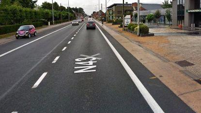 Woensdag parkeerverbod op N43: aannemer reinigt straatkolken