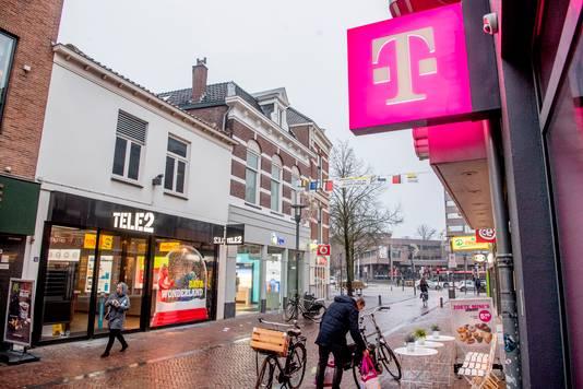 Tele2 en T-Mobile Nederland gaan samen, mits de Europese Commissie toestemming geeft.