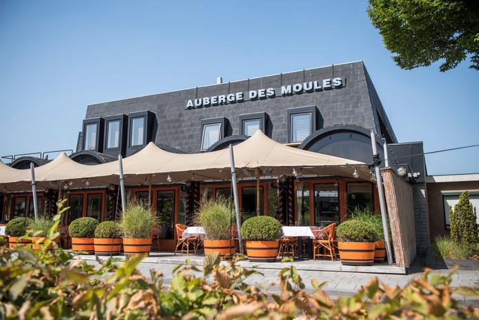Restaurant Auberge Des Moules ligt aan de Visserslaan in Philippine.