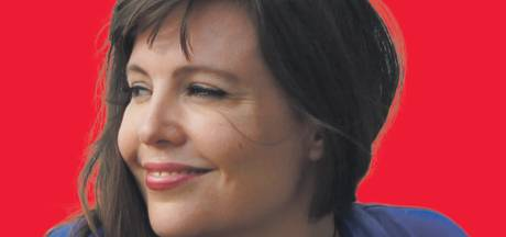 Ellen Deckwitz wint Tilburgse E. du Perronprijs