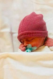 Een wonder na kei-ongeluk in Schijndel: Tynni en Stephan zijn ouders geworden van een kerngezond dochtertje
