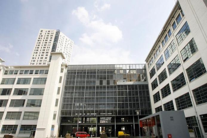 De Bibliotheek Eindhoven zit in de Witte Dame in Eindhoven. Archieffoto Kees Martens