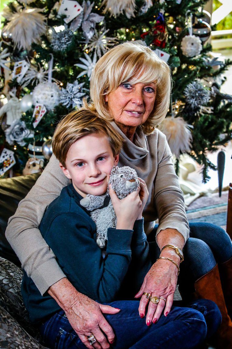 """Kurts zoon Arnaud (9) woont nu bij zijn oma, Annita. """"Ik probeer hem op te voeden met de waarden die mijn zoon hem had willen meegeven."""""""