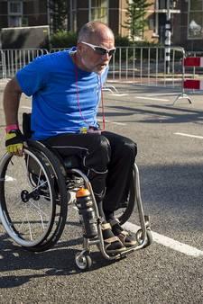 Bennie Bouwhuis uit Overdinkel net als tweede over de streep bij Vierdaagse