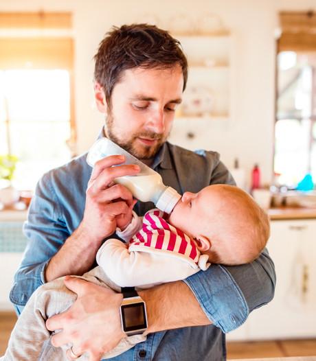 Europa wil tien verlofdagen voor vaders na geboorte kind