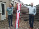 Zwolse Geert is zijn Drentse vlaggen kwijt, maar heeft nu wél een wimpel van de provincie